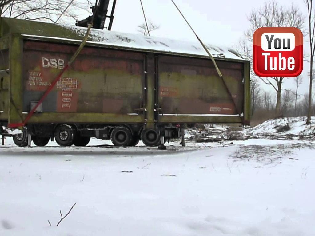 I slutningen af januar 2014 rejser den 8 tons tunge godsvogn (indrettet som fårestald) fra Aagaarden. På denne ca. 10 minutter lange video kan du følge den imponerende rejse©Ravensbank Labrador Retrievers