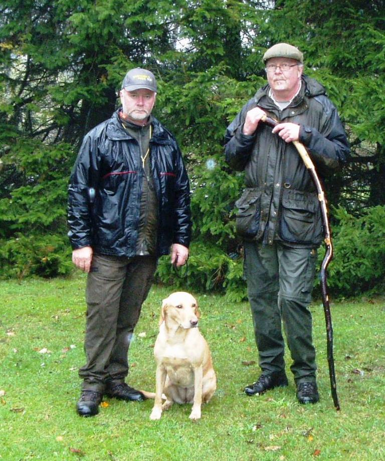 4RM2014 Ravensbank Fay (Fay), and Mr. Frank Graversen together with judge Hans Jørgen Lundgaard to the right, on the day when Fay becomes 1st winner with CACT at official cold game test in 2013. ©Marianne Graversen