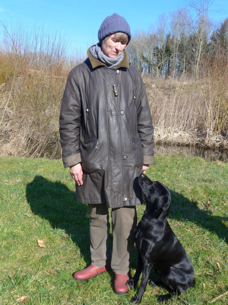 Lisbeth og Ravensbank Jaffa (Molly) 1 års fødselsdag.©Ravensbank Labrador Retrievers