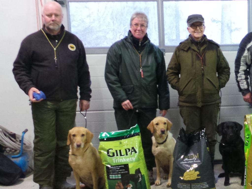 Winner places from Unofficial Cold game test at Bornholm in March 2015. From left it is 1st, Mr. Frank Graversen with 4RM2014 Ravensbank Fay (Fay), 2nd is Ms. Elna Juhl with Ravensbank Express (Chilli) and to the right is Ms. Marianne Graversen with Ravensbank Wicked (Wicked). ©Frank Graversen